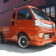 軽トラ カスタム ¥175万円.ハイゼットジャンボ/オレンジ.5F.4WD